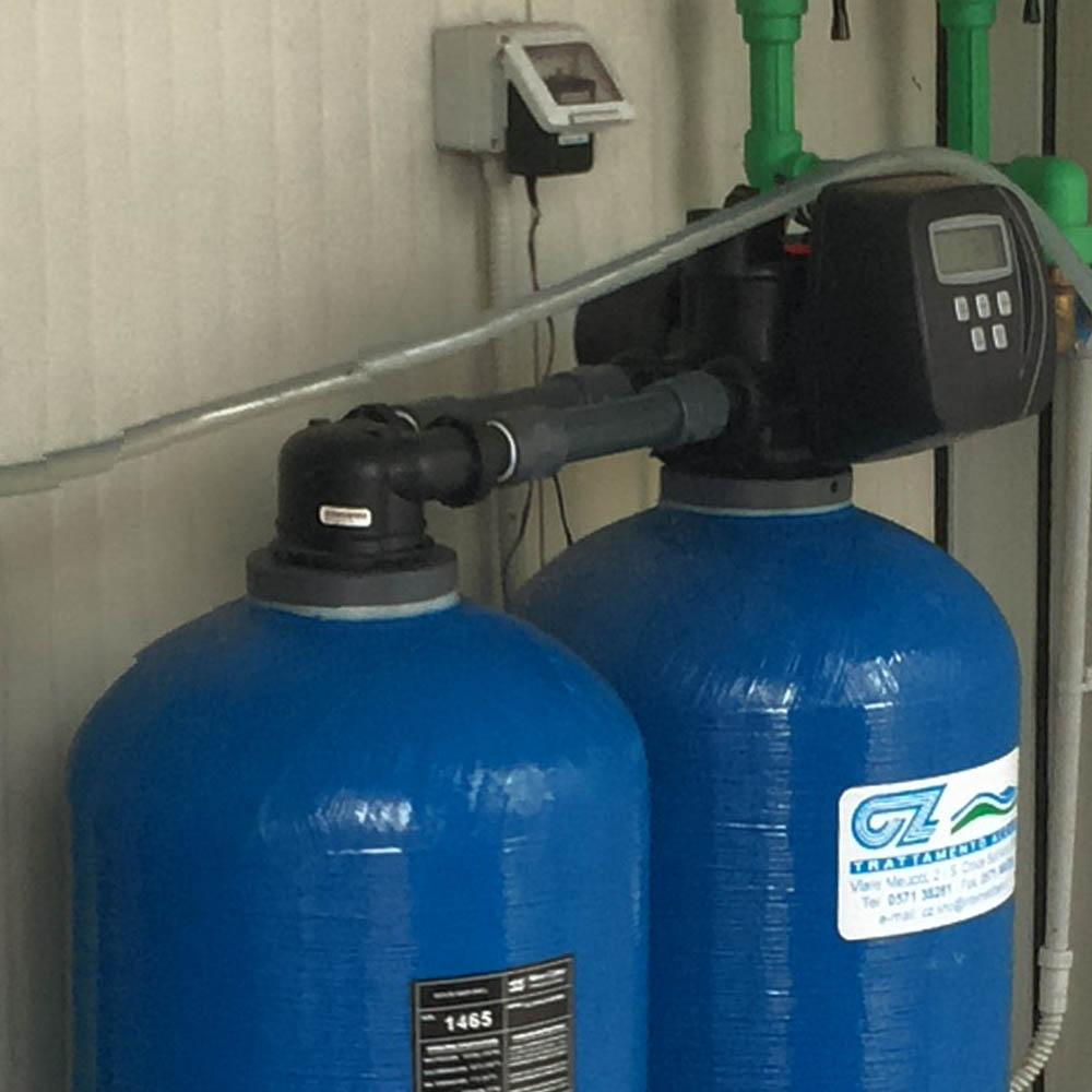 cz trattamento acque impianti depurazione acqua filtrazione addolcimento osmosi inversa - addolcitore DAV 250