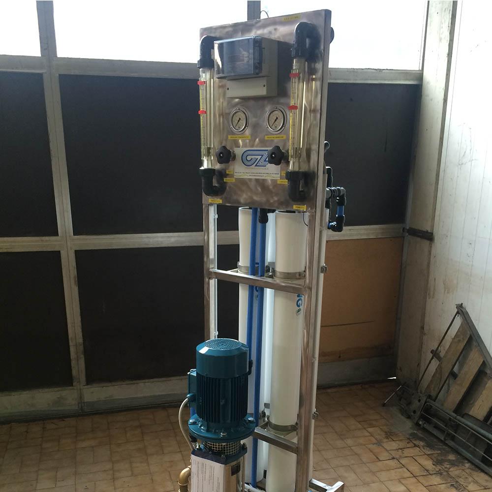cz trattamento acque impianti depurazione acqua filtrazione addolcimento osmosi inversa - dissalatore trattamento acque industriali RS-CZ 800