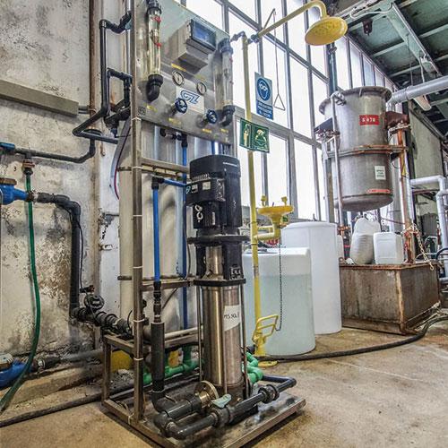 cz trattamento acque soluzioni professionali per tutte le esigenze di trattamento acqua - osmosi inversa trattamento acque industriali 1200 / 1600