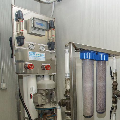 cz trattamento acque soluzioni professionali per tutte le esigenze di trattamento acqua - osmosi inversa trattamento acque industriali 400-800