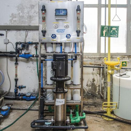 cz trattamento acque soluzioni professionali per tutte le esigenze di trattamento acqua - osmosi inversa trattamento acque industriali 3300